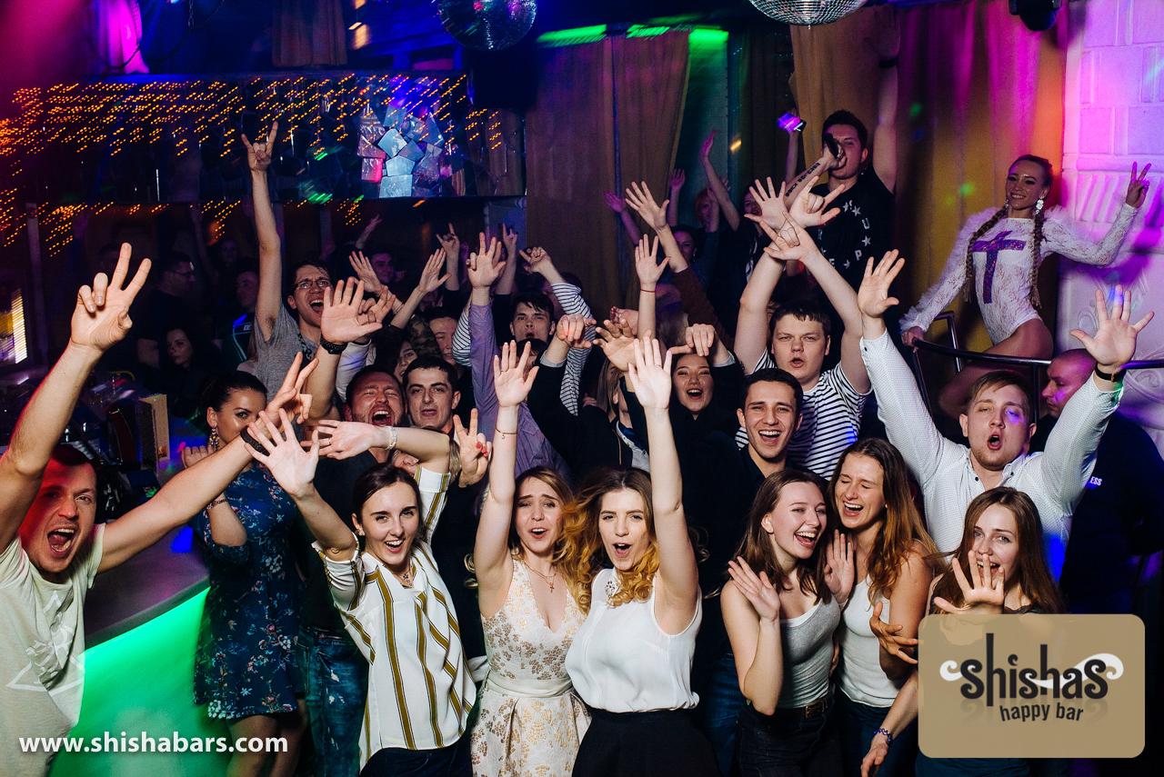 Ночной клуб с безлимитным алкоголем